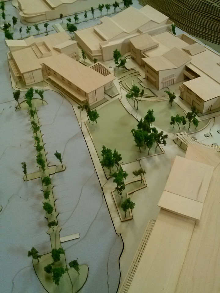 Erik Luhtala and Sasha Pi constructed design model : Pfeiffer provided views with GKK