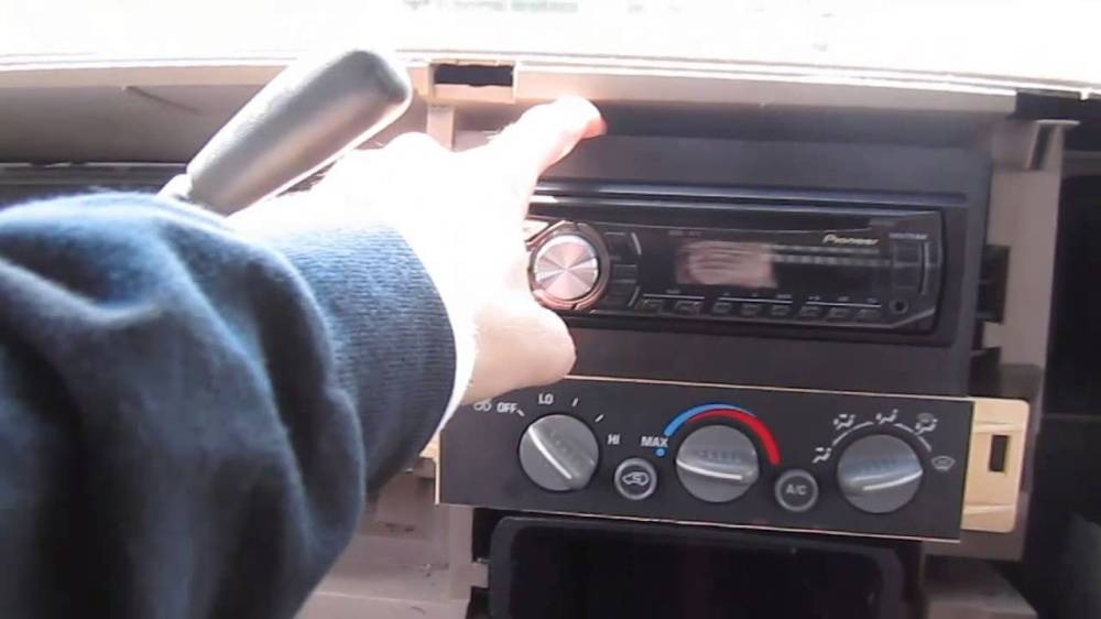 medium resolution of gmc car stereo wiring diagram
