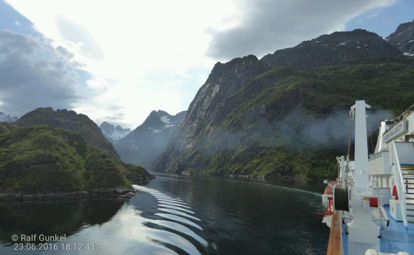 Lofotenwetter und der Trollfjord