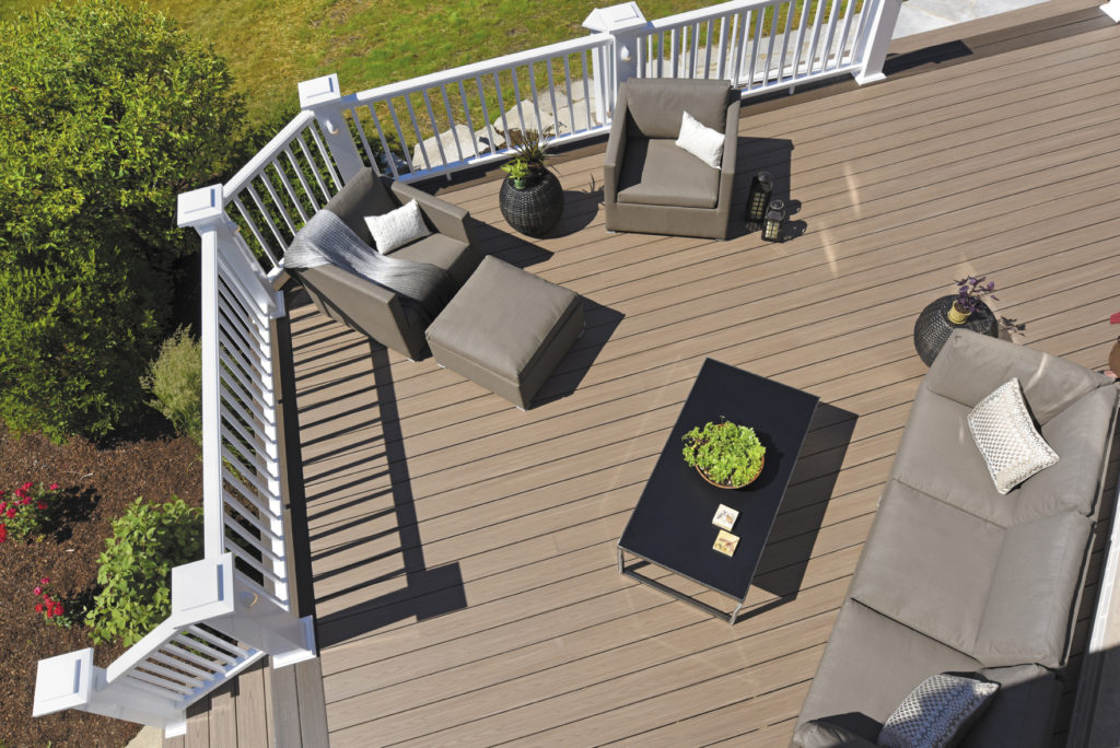 Azek Arbor Collection Autumn Chestnut Grooved 16  Schillings