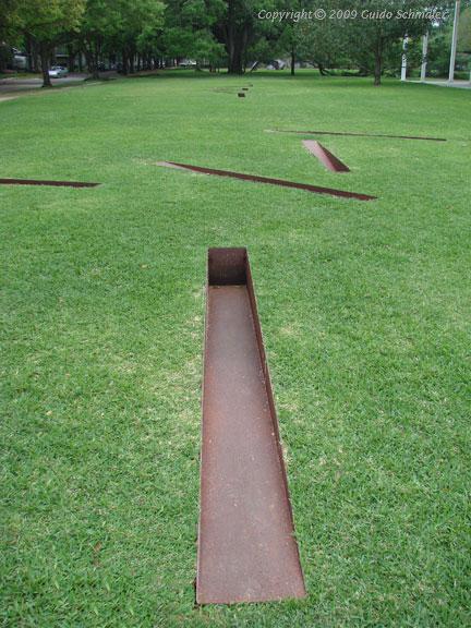 Menil Collection  Michael Heizer Sculpture  Installation
