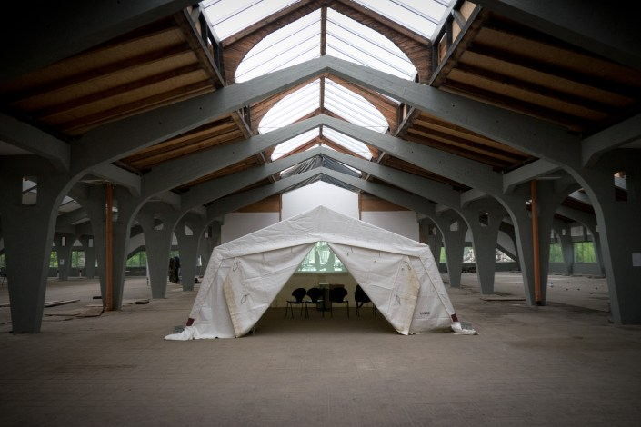 SCHLACHTEN | DISPLACED 2015 | Video-Tent | THE RIGHT TO LEAVE | Sharon Paz | Image © Dan Farberoff