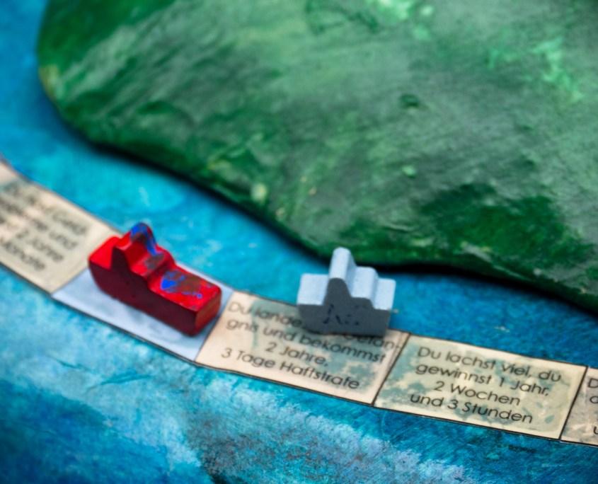 "SCHLACHTEN | DISPLACED 2015 | ""Brettspiel"" – Johanna Speidel & Chus López Vidal | Image © Dan Farberoff"