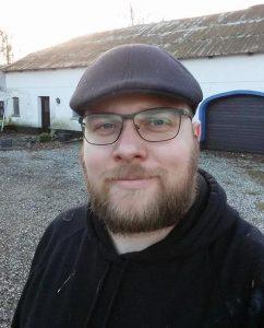 Jeg Bjørn Schlæger foran Grangaard til CV