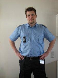 Jesper i uniform