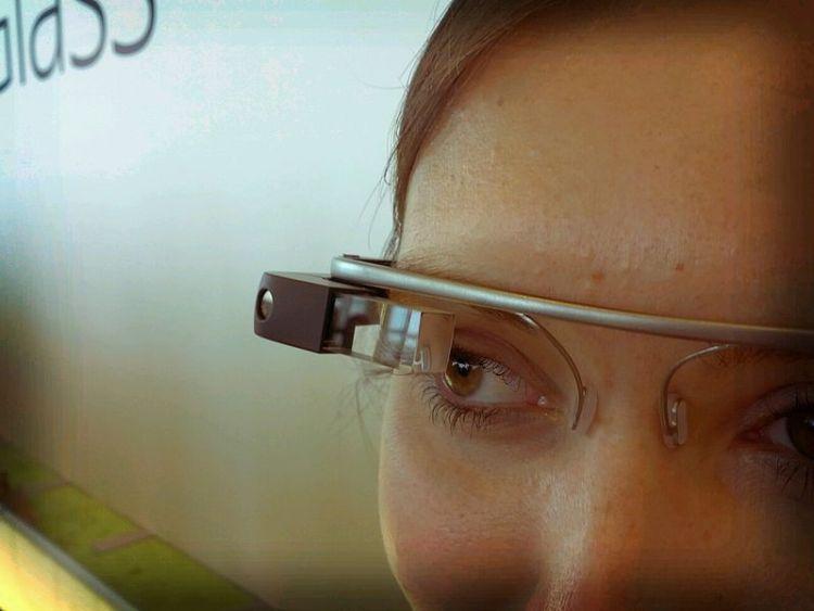 Google_Glass_detail © flickr Antonio Zugaldia