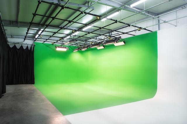 Greenscreen Studio mit Hohlkehle GWM Ingolstadt Foto gmw-studio www.gmw-studio.de