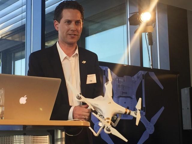 Martin Brandenburg Marketing Director DJI bei der Vorstellung des neuen DJI Phantom 3 München