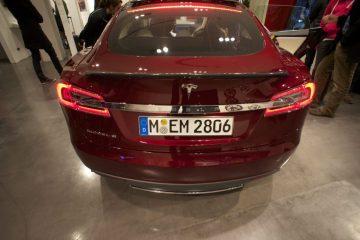 Offene Schnittstellen ermöglichen #SmartHome Steuerung im #Tesla