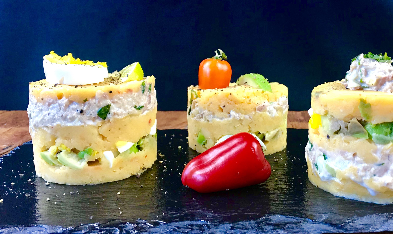 La Causa: peruanischer Schichtsalat mit Thunfischfüllung