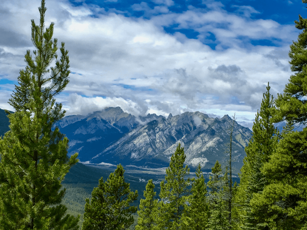 Hike up Mt. Rundle