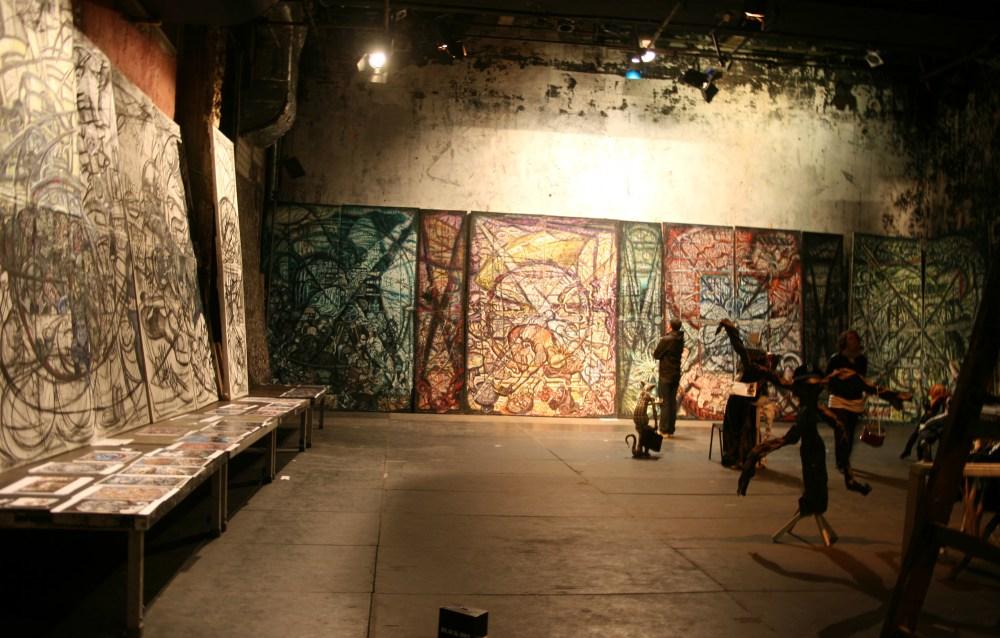 Das Tacheles lässt sich nicht wegdiskutieren. Der Strassenfeger berichtet über die neuesten Entwicklung im Streit um das weltberühmte Kunsthaus und was sich daraus für die Zukunft Berlins abzeichnet (4/5)