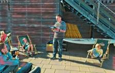 Die Lesung in Büsum oben an der Beach Bar