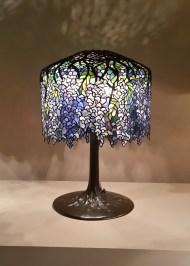 wisteria_tiffany_studios_lamp