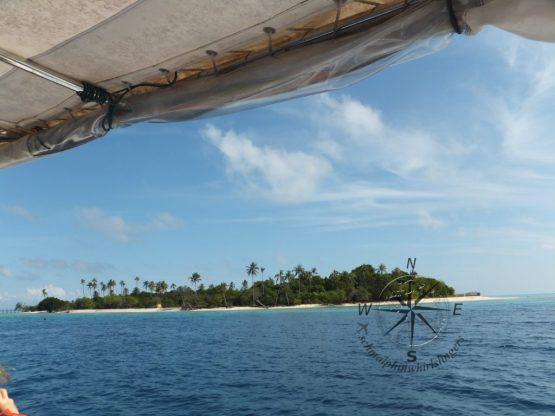 Explore Sabah, Mantabuan Island, Semporna 2014 - Getting Close!