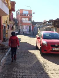 Explore Canakkale, Turkey – Walking down a street of apartments and houses in Canakkale