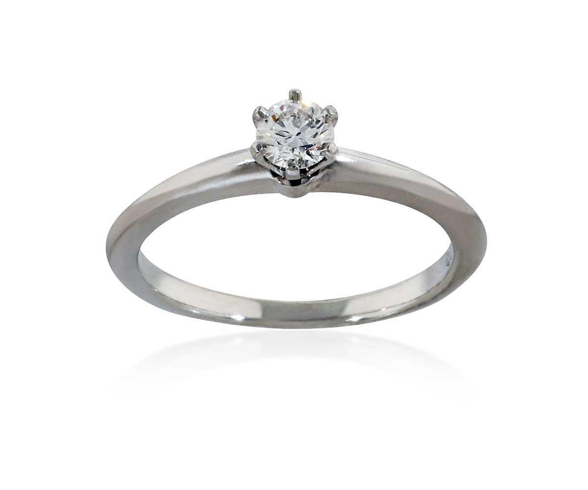 Platinring Mit Diamant platinring mit einem diamant