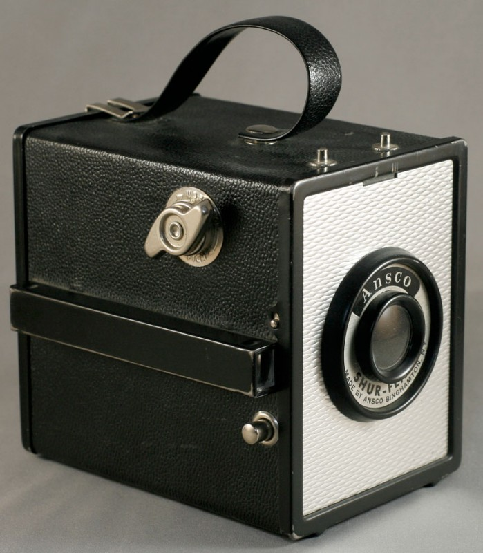 Ansco ShurFlash Art Deco box camera revie test photos