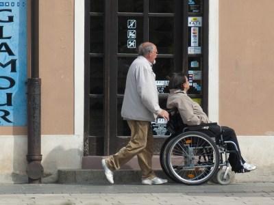 Schluss mit der Heuchelei in der Altenpflege