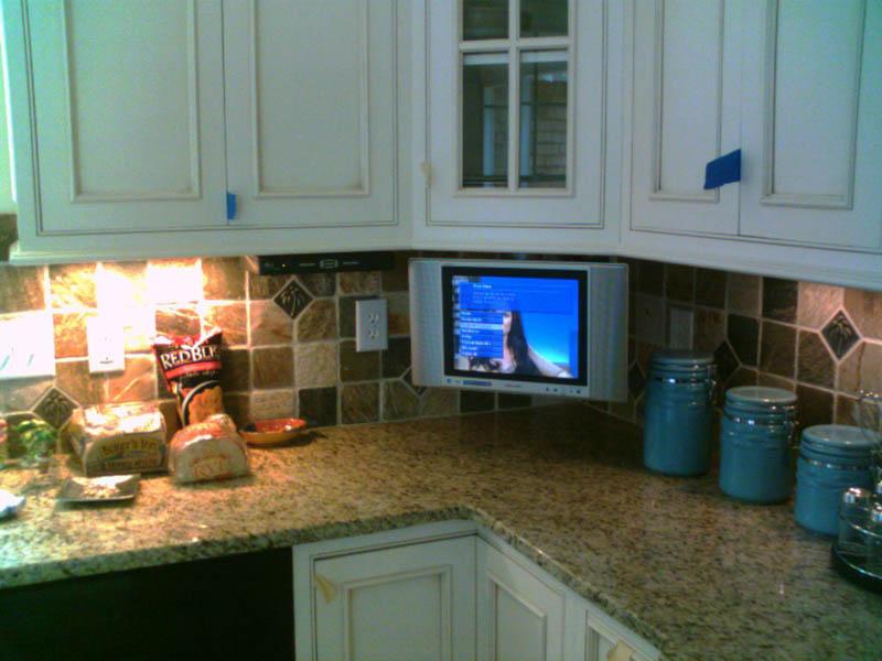 Under Cabinet Mount Tv For Kitchen - Cleanerla.com
