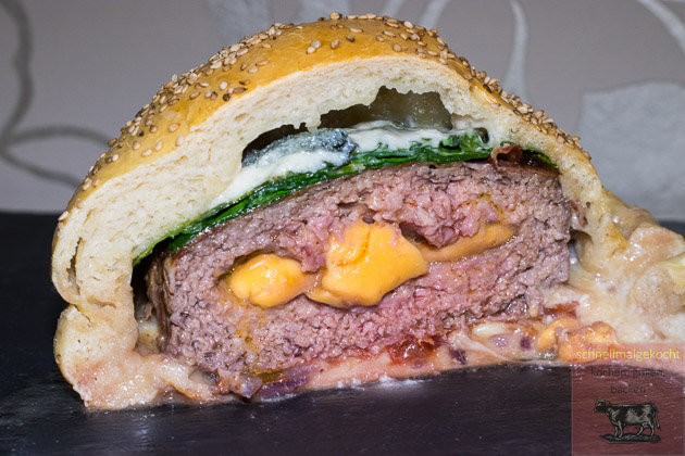 Burger Bomb Anschnitt
