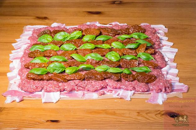 Bolognese Bacon Bomb