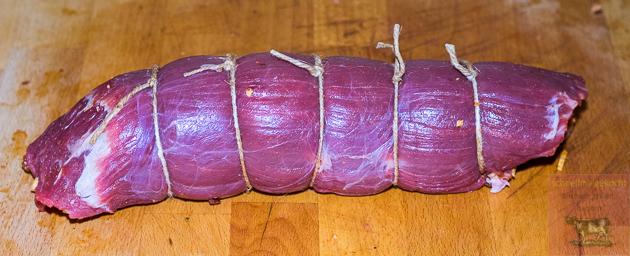 Flanksteak mit Bacon Jam, Jalapenos und Cheddar