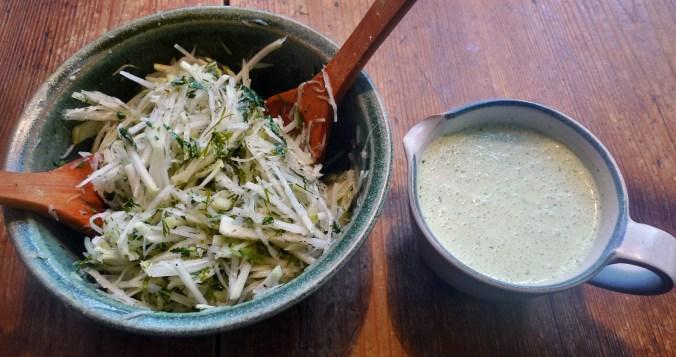 Rote betegemüse,gebratener Reis,Joghurtdip,Kohlrabisalat - 27.3.15   (8)