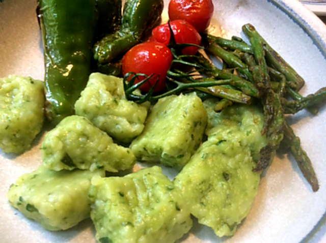 23.3.16 - Gnocchis,grüner Spargel,Pimientos,Tomaten (16)