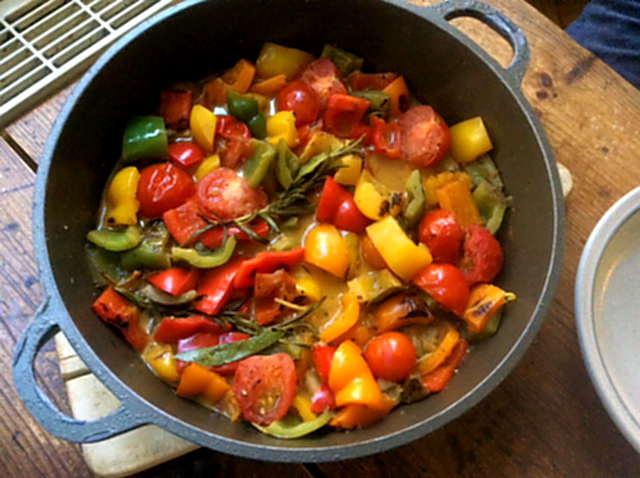 18.4.16 - Paprikapfanne,Joghurtdip,Kartoffeln,vegetarisch (7)