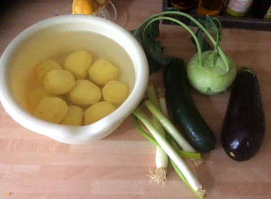 25.4.16 - Ofengemüse,Kartoffelstamp mit Löwenzahn,Kohlrabisalat (3a)