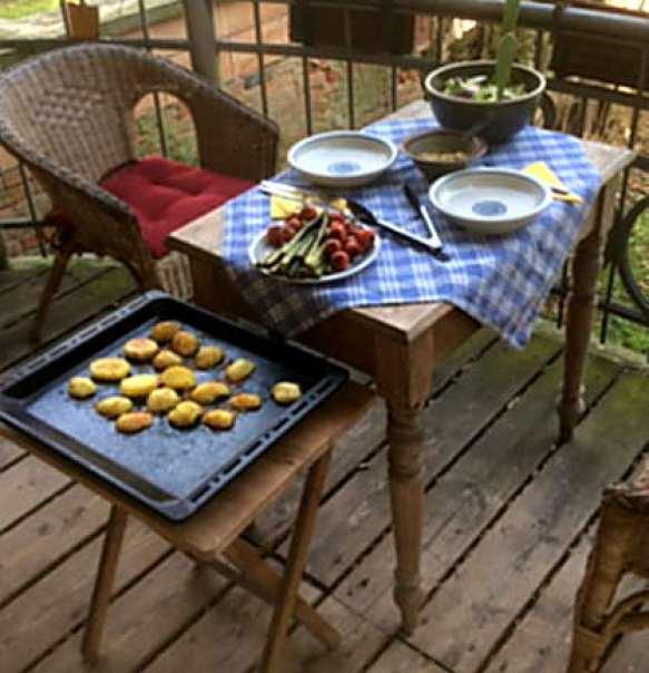 5.4.16 - Grüner Spargel,Salat,Ofenkartoffeln   (10)