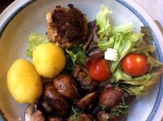 8.4.16 - Champignon,Frikadellen,Salat,Kartoffeln (14)