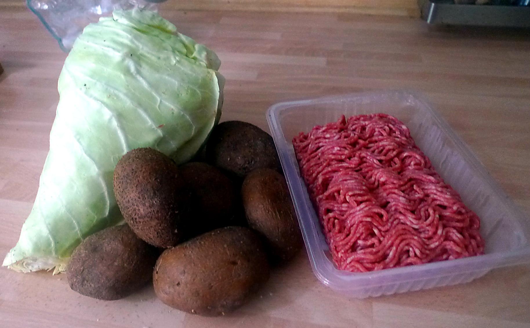 22.6.16 - Spitzkohl,Frikadellen,Bratkartoffeln (3)