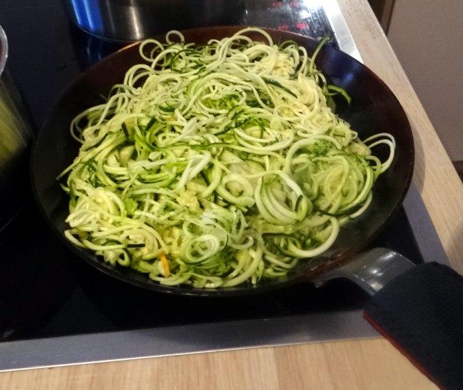 Zucchini Zoodles,Spaghetti,Tomatensauce (8)