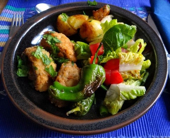 Fritierte Portobello,Bratkartoffeln,Pimientos,Salat,vegan (19)