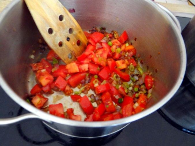 Emmer-Spirelli,Tomatensauce,Flußkrebse,Basilikum (7)