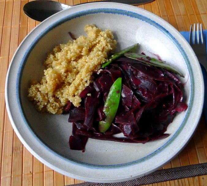 Schwarze Möhren mit weißem Quinoa (2)