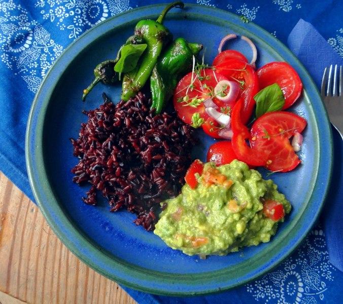 Reis,Guacamole,Pimientos,Salate,vegan (2)