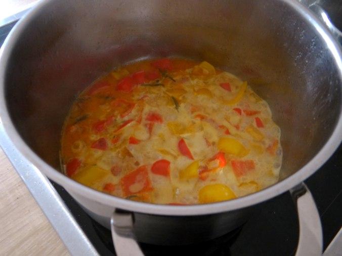Paprika Sauce,Kartoffelstampf,Zucchini (7)