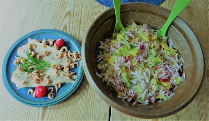 Kartoffelsalat mit Nordseekrabben ,Forellenfilet (12)