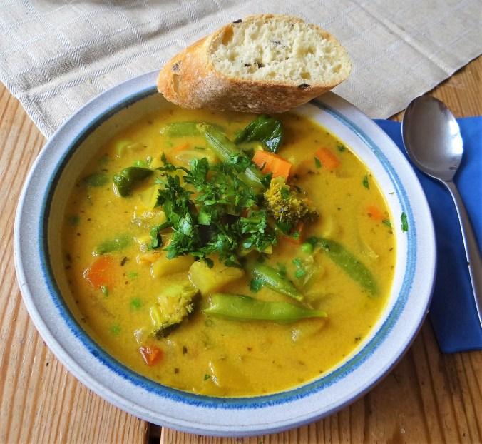 Gemüsesuppe,Süßkartoffel,Kokosmilch (2)