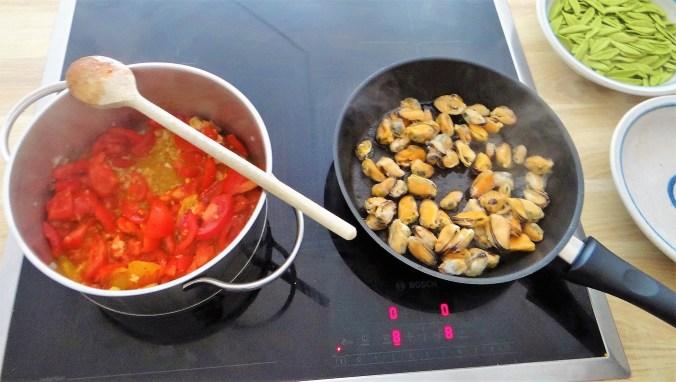 Scharfe Tomatensauce mit Muscheln (9)