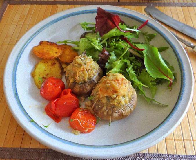 Gefüllte Portobello,Salat (1)