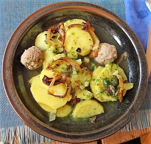 Boullionkartoffeln,Tomatensalat (2)