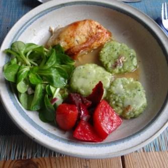 Hähnchen,Bärlauchtaler,Salate (13)