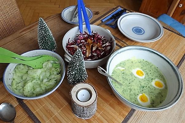 Kräutersauce,Eier,Salate,Pellkartoffeln (12)