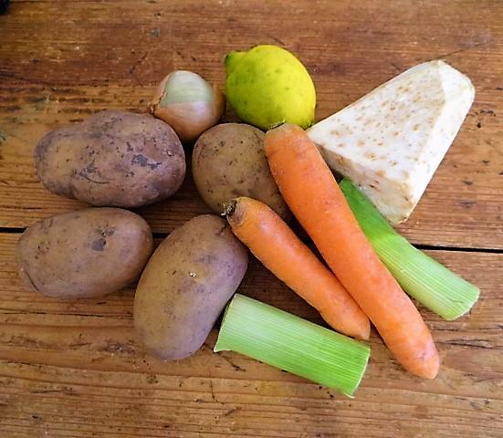 Feine Kartoffelsuppe,Foccacia (6).JPG