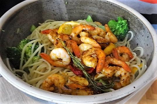 Limetten Spaghetti mit Garnelen und Brokkoli