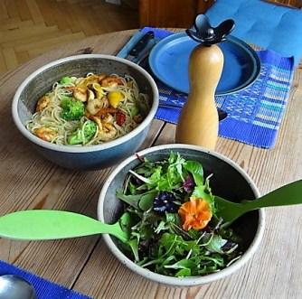 Limetten Spaghetti mit Garnelen und Brokkoli,bunter Salat (17)